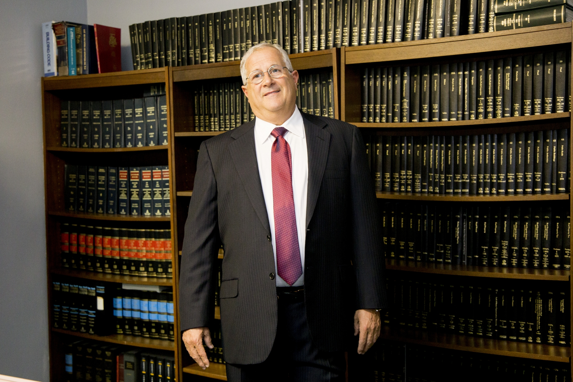 Injury & Accident Attorney Reid B. Wissner in His Office at 325 Broadway